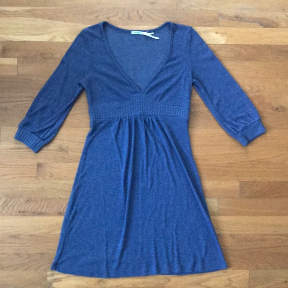 Kimchi Blue Dresses & Skirts - Kimchi Blue V-Neck ALine Long Sleeve Sweater Dress